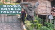 Lake Bunyonyi: Gorilla Packers